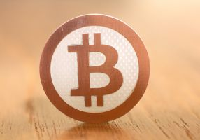 Bitcoin arbitrage: a chance to get rich or a long road in the desert?